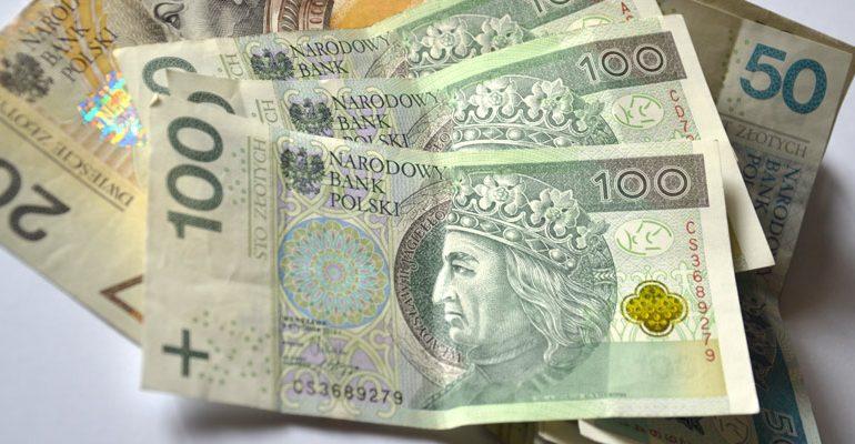 Pożyczka dla zadłużonych z gwarantem przez internet