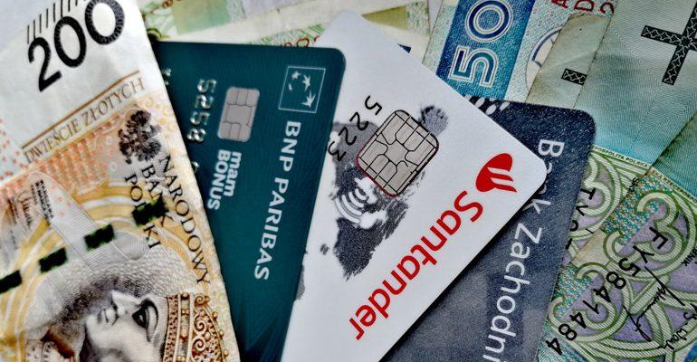 Karty kredytowe z bonusem